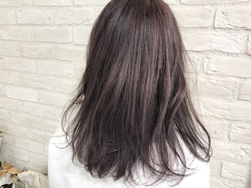 縮毛矯正とブリーチするヘアカラーの関係について