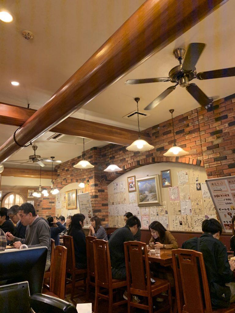 浅草へハンバーグを食べに行きました(´◉◞౪◟◉)